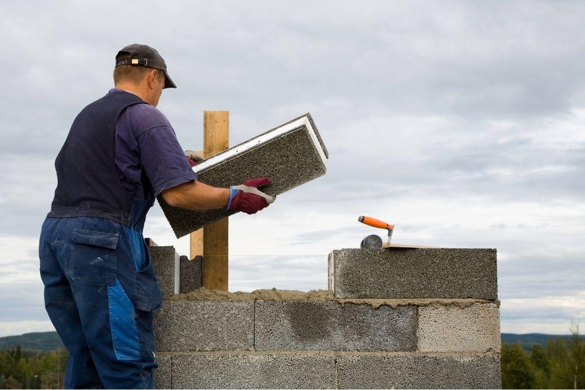 Home builder contractors doing concrete flooring